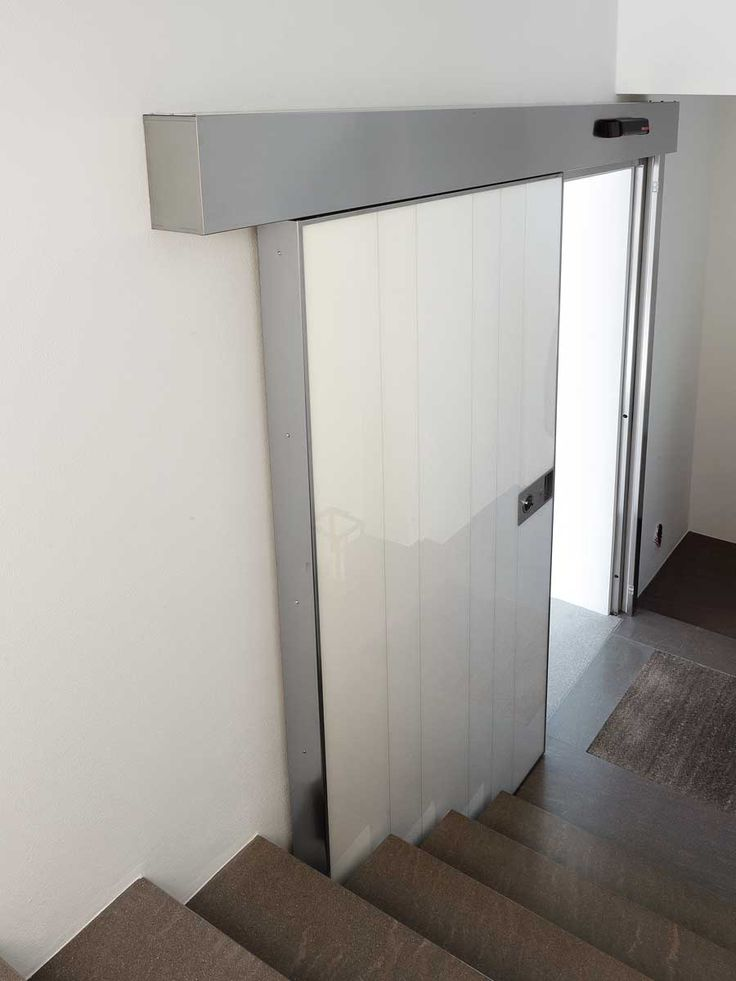 The sliding modern door Vela