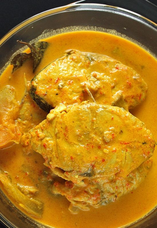 GARANG ASEM IKAN TENGGIRI (spanish mackerel in spicy and sour soup) [Indonesia] [dailycookingquest]