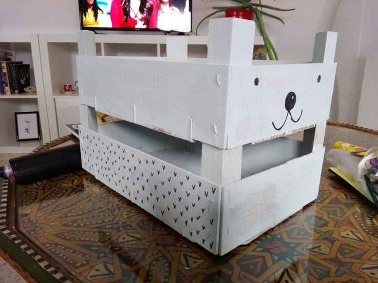 cajas de fruta pintadas