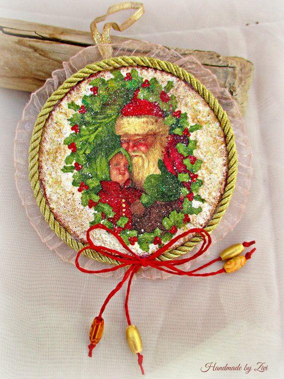 Hanging round decoupage christmas ornament teddy bear - Decoracion vintage reciclado ...