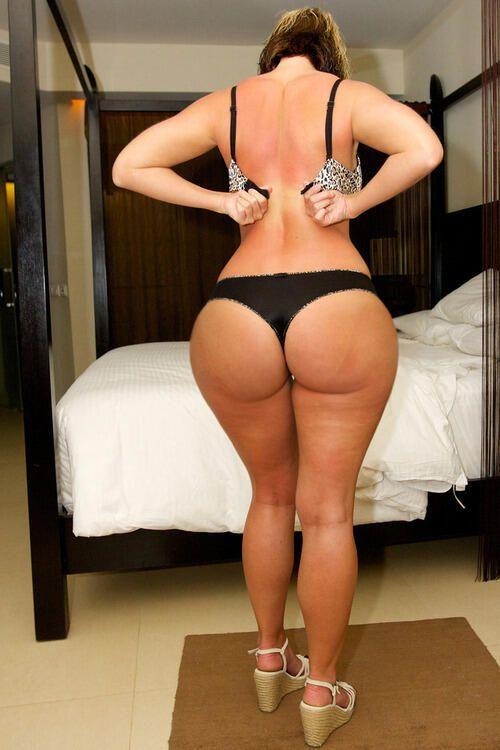 Bubble Butt Milf, Big Booty Mom, Bubble Butt Porn
