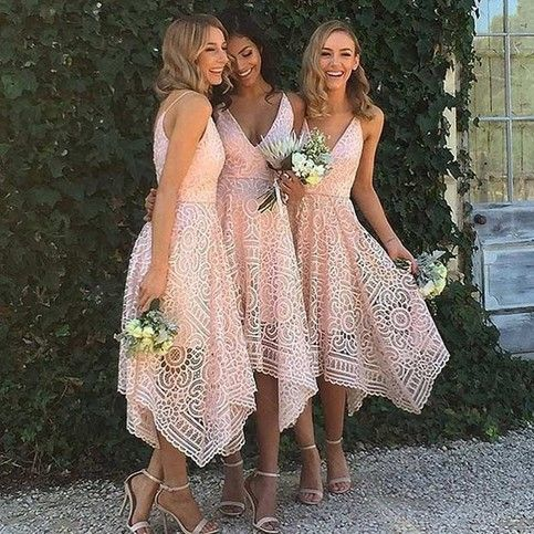 Sexy A-Line Spaghetti Straps V-Neck Lace Tea-Length Prom/Bridesmaid Dress