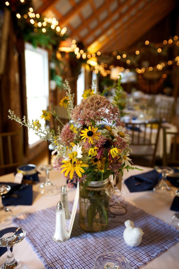 56 best Centerpiece images on Pinterest | Floral arrangements ...