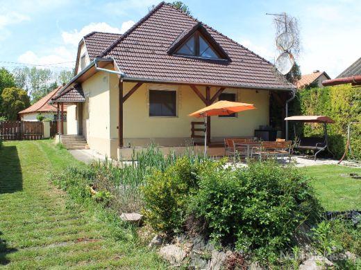 Rodinný dom iba 30 minút od Bratislavy - obrázok