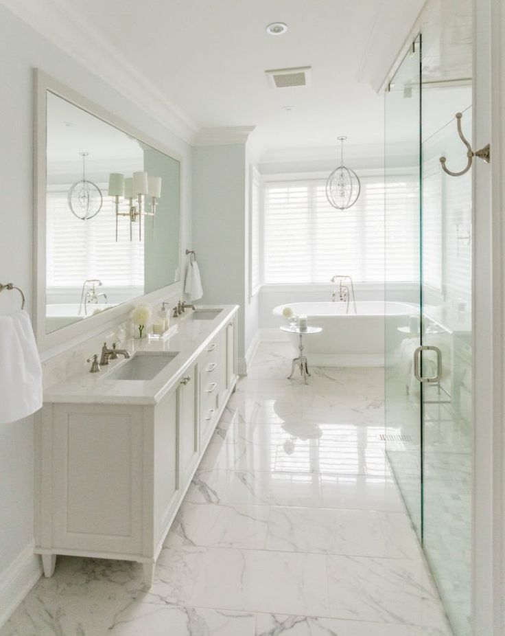 17 astonishing transitional bathroom interior designs you for Bathroom seen photos