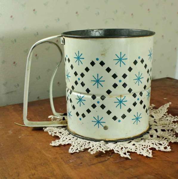 Black and Aqua Flour Sifter... what a fun idea to dress up!