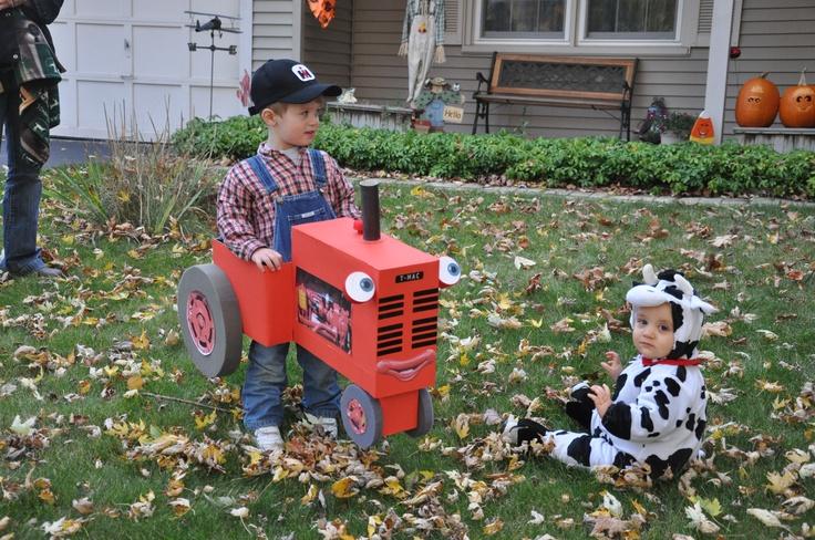 Tractor Mac International Harvester Halloween costume
