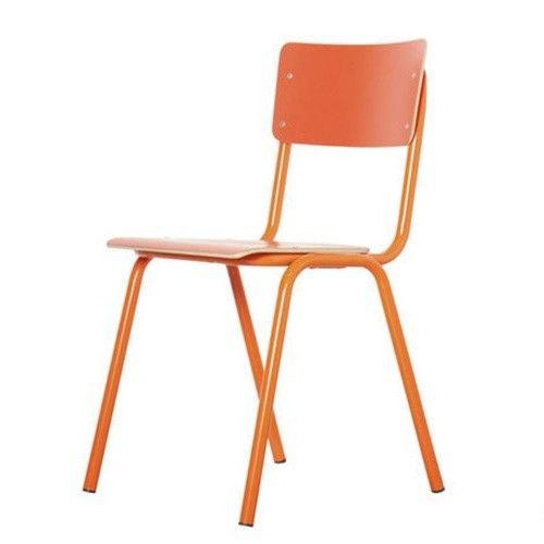 Zuiver Stoel Back to School oranje. Herleef je schooltijden met deze vintage stoelen! Zuiver Stoel Ridge Rib bruin (meerdere kleur verkrijgbaar) met stoer metalen frame. Met heerlijk zitcomfort! Zen Lifestyle is gevestigd in Wijchen,  heeft showroom van 10.000 m². Natuurlijk vind je in onze winkel onze eigen producten, zoals ons aanbod vintage en retro banken, onze topsellers, zoals het vintage tv-dressoir Stan. Maar ook hebben wij de mooie collectie van Zuiver en Duchtbone en vind je er nog…