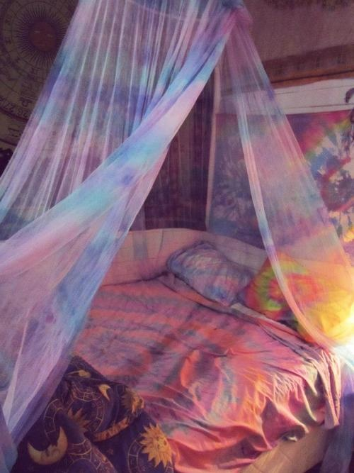 hippy | Tumblr Kristen this looks like it'd be your room :)