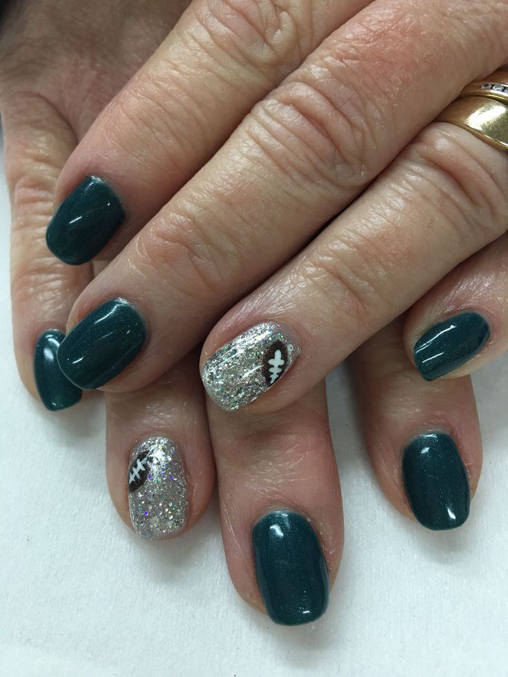 9 best EAGLES MANICURE images on Pinterest | Eagle nails, Cute nails ...