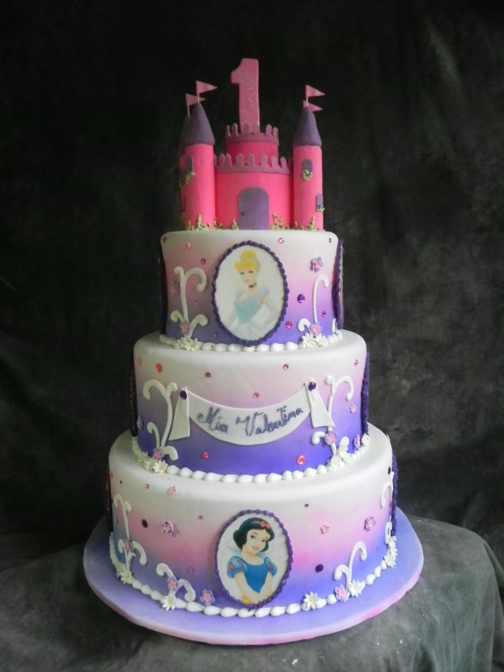 103 best cakes airbrushing images on pinterest for Airbrush cake decoration