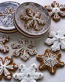 Snowflake Cookie Favors - Martha Stewart Weddings Inspiration