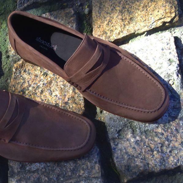 Elegância & Estilo! #shoestock #shoestockformen #modamasculina #shoes #shoesformen