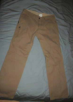 À vendre sur #vintedfrance ! http://www.vinted.fr/mode-hommes/pantalons-a-jambes-larges/37142222-pantalon-decontracte-quechua-pour-homme-couleur-beige