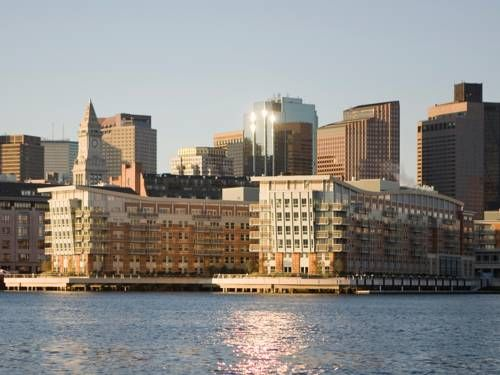Battery Wharf Hotel, Boston Waterfront (3 Battery Wharf) Located in downtown Boston, this hotel is a 10-minute walk from the New England Aquarium and offers a private water taxi to Logan International Airport. It features an on-site spa. #bestworldhotels #hotel #hotels #travel #us #massachusetts