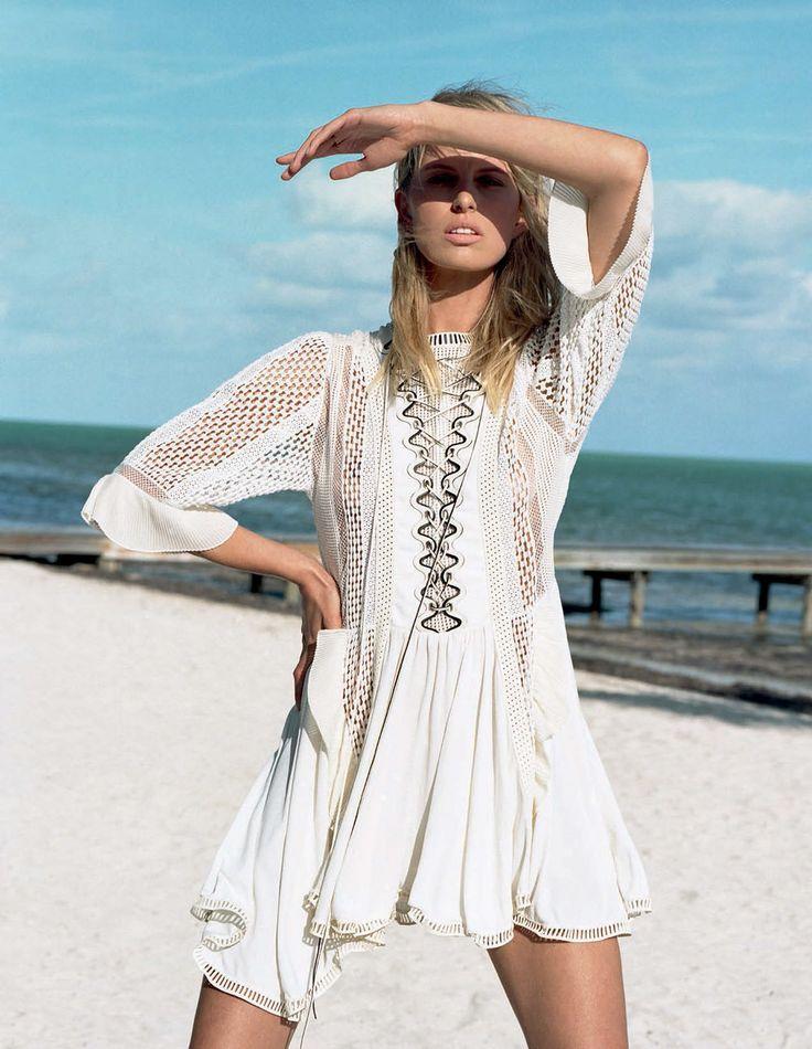Karolina Kurkova by Matt Jones for Elle Italia May 2015