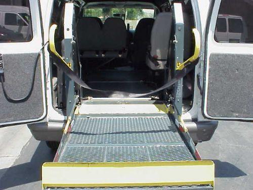2006 Ford E250 Handicap Van Raised Roof Ricon Wheelchair ...