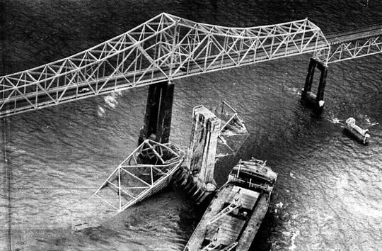 Collapse Skyway Sunshine Silver Bridge Google Quot Old Skyway Bridge Quot And Read The Story