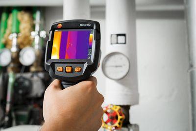 Noile camere de termoviziune testo 865, testo 868, testo 871 si testo 872: alegerea potrivita pentru orice termografiere