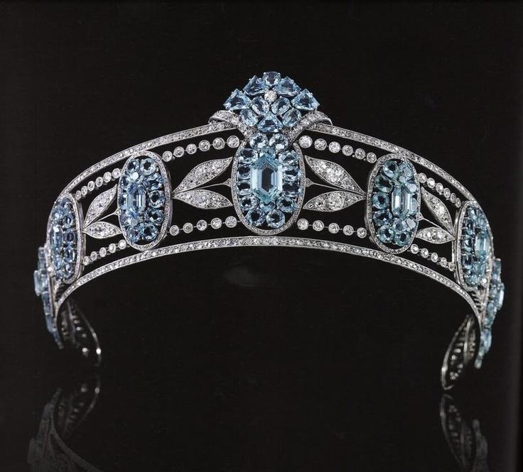 The Royal Order of Sartorial Splendor: Readers Top 15