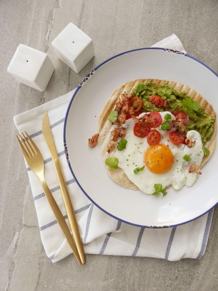 Un taco pero al desayuno, ¿Hay algo mejor? Me encantan los tacos, para que hablar del desayuno, es una de mis comidas favoritas del día, así que, ¿Qué mejor qu