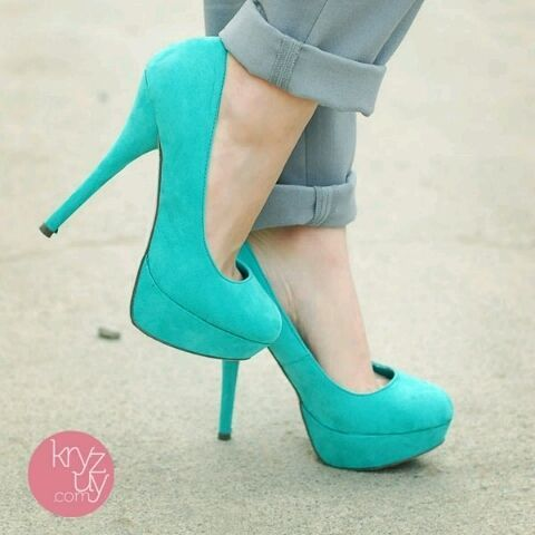 cute high heels! I really need some good ones that fit me! (such as these)