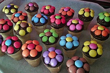 Kleine Kuchen im Waffelbecher 4
