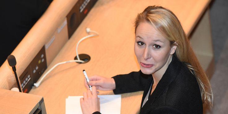 France. Mars 2016. L'aveu de Marion Maréchal-Le Pen qui estime qu'elle n'est pas à ce jour prête à prétendre à un poste de ministre.