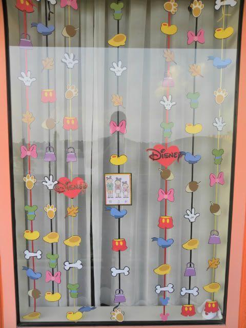 disney resort window decorations resort window decorating ideas disney trip - Window Decorating Ideas