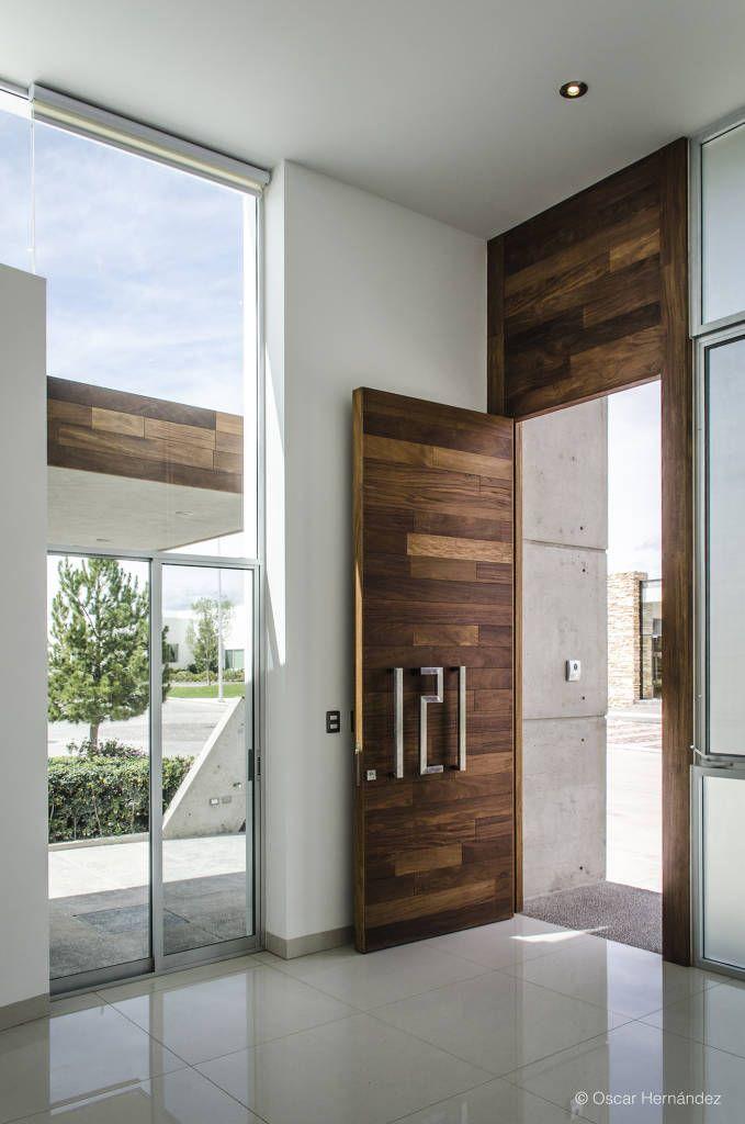10 Puertas de madera que harán que tu entrada sea la más elegante de la cuadra (de silvia m)