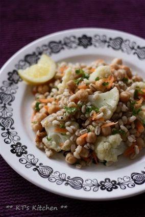 大麦とカリフラワー、ひよこ豆のサラダ|レシピブログ