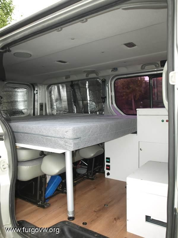 die besten 25 opel vivaro camper ideen auf pinterest vw. Black Bedroom Furniture Sets. Home Design Ideas