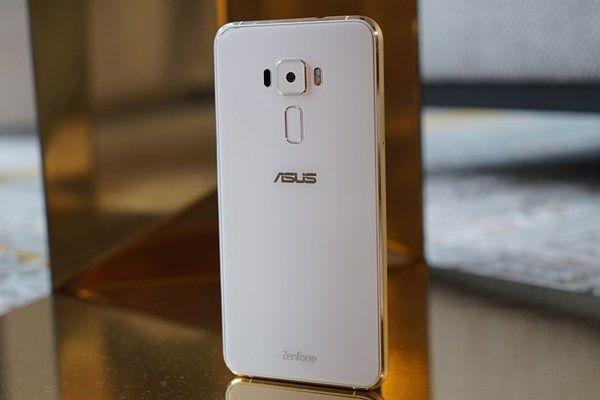 Quer um smartphone bom e barato? Esse aqui é uma boa pedida. O Moto G4 Plus normalmente custa uns R$ 1,3 mil, mas pagando à vista você…