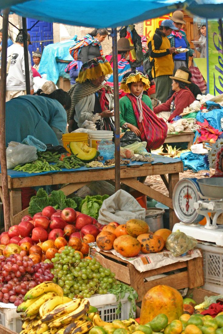 Outdoor market at Pisac Andes Mts,Peru