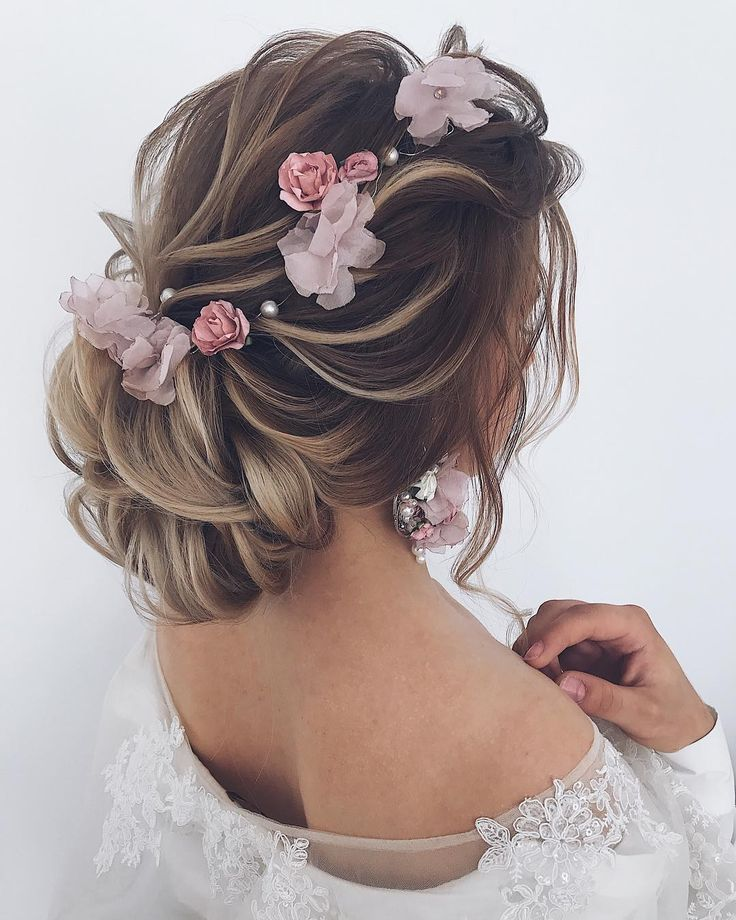 Marriage ceremony Hairstyles : Lengthy marriage ceremony hairstyles and updos from @ellen_orlovskay #weddings #hairstyles #h…