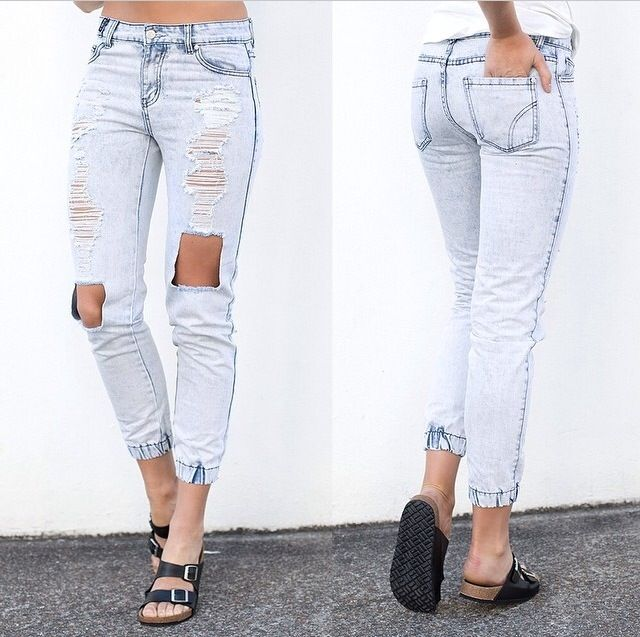 Ripped jeans!!