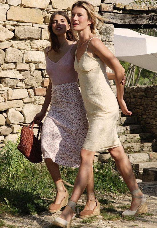 Alpargatas tan sofisticadas como unos 'stilettos' y cómodas como las zapatillas Summer Chic, Summer Wear, Spring Summer Fashion, Summer Outfits, Cute Outfits, Zelda Dress, Safari Outfits, Safari Clothes, Baskets