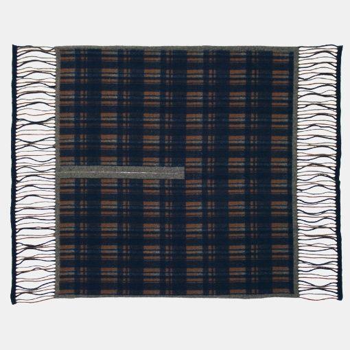 Knitted poncho navy w check - Stoff & Stil