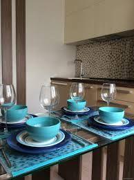 Картинки по запросу бирюзовое стекло на кухне