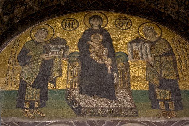 El mosaico de Comneno en el interior de Santa Sofía