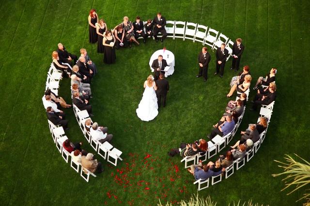 neat wedding seating