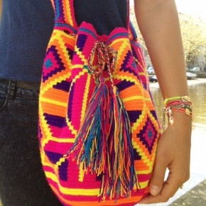 Wayuu Mochila Bag, Love it! Have to figure out how to make it :)