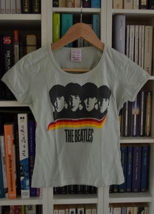 A vendre sur #vintedfrance ! http://www.vinted.fr/mode-femmes/t-shirts/16004558-t-shirt-vert-menthe-the-beatles-txs