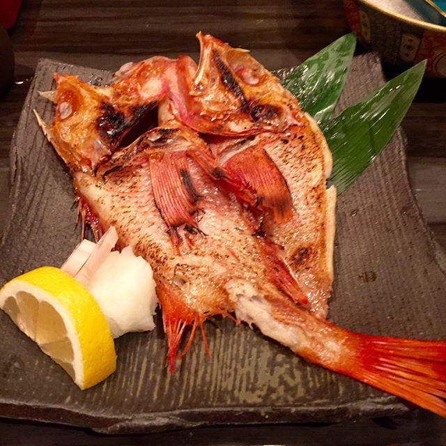 🌸金目鯛の塩焼き🌸 yum 🎵  #japanesefood #wasyoku  #kyoto#焼魚 #鰻巻き #だし巻き卵 #japan  #sushi#wasabi #sashimi #maguro #tuna  #fish #beer #sake #seaurchin  #foodies #food #foodpic #yummy #delicious  #dinner#京都 #肉 #魚 #鍋#刺身 #お造り . . .