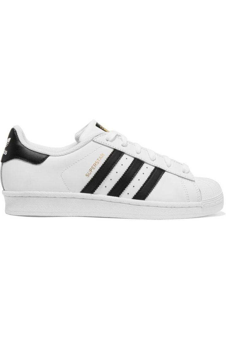 Zapatillas de estilo clásico