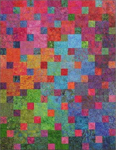 I wonder if I could use my layer cake forthis!  Gorgeous! From a site with FQ- (or strip-) friendly patterns for good-looking quilts