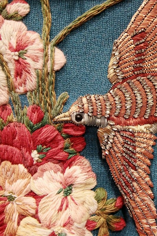 Gucci autumn-winter 2015 embroidery embellishment flowers and bird detail. // Fashion details | Menswear | Womenswear | Catwalks