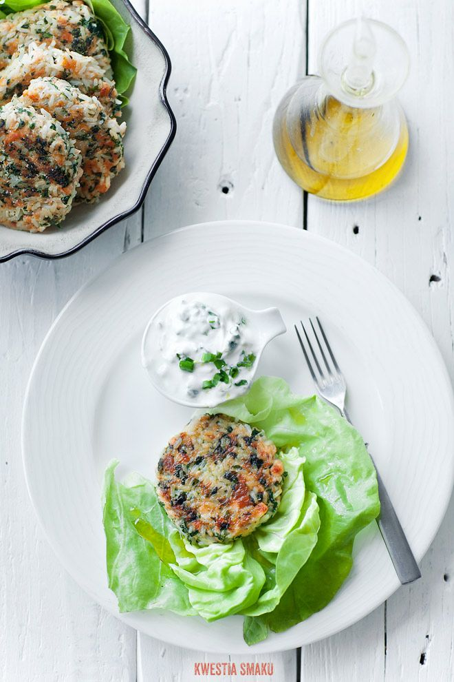 Salmon, spinach and rice burgers