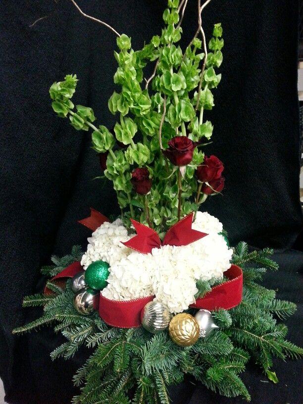 Grand Christmas banquet arrangement Grafe Studio Floral Artists Dennis Grafe