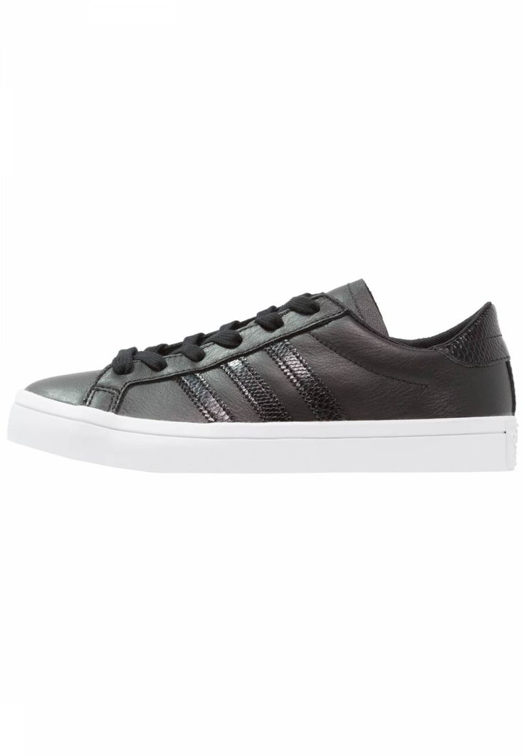 adidas Originals. COURTVANTAGE - Trainers - core black/white. Pattern:plain. Sole:synthetics. Shoe tip:round. Padding type:Cold padding. Heel type:flat. Lining:textile. detail:decorative seams. shoe fastener:laces. upper material:leather and imitation leather...
